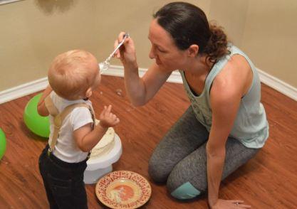 mommy-feeding